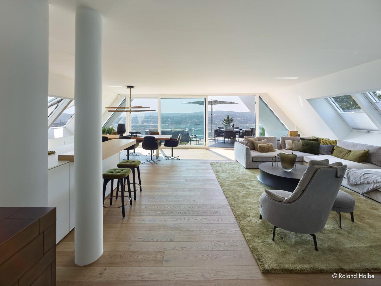 4OG: Wohnzimmer